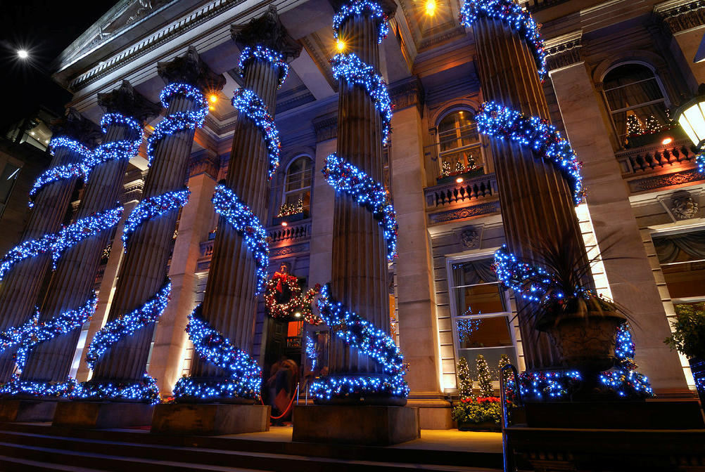 Commercial Christmas Lights.Commercial Christmas Light Installation I Love Holiday
